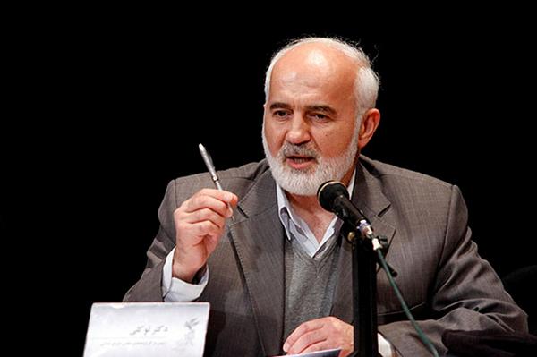 احمد توکلی به رفتار نماینده سراوان واکنش نشان داد