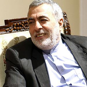 علی لاریجانی نقش مهمی در کشور در برخورد با بحران سوریه داشت/ لاریجانی خودش نطق های منطقه ای اش را مینویسد