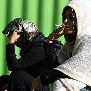 پایان تیتر: اعتیاد زنان