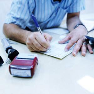 عدم توانایی سازمانهای بیمهگر در پرداخت بدهیها به دانشگاه