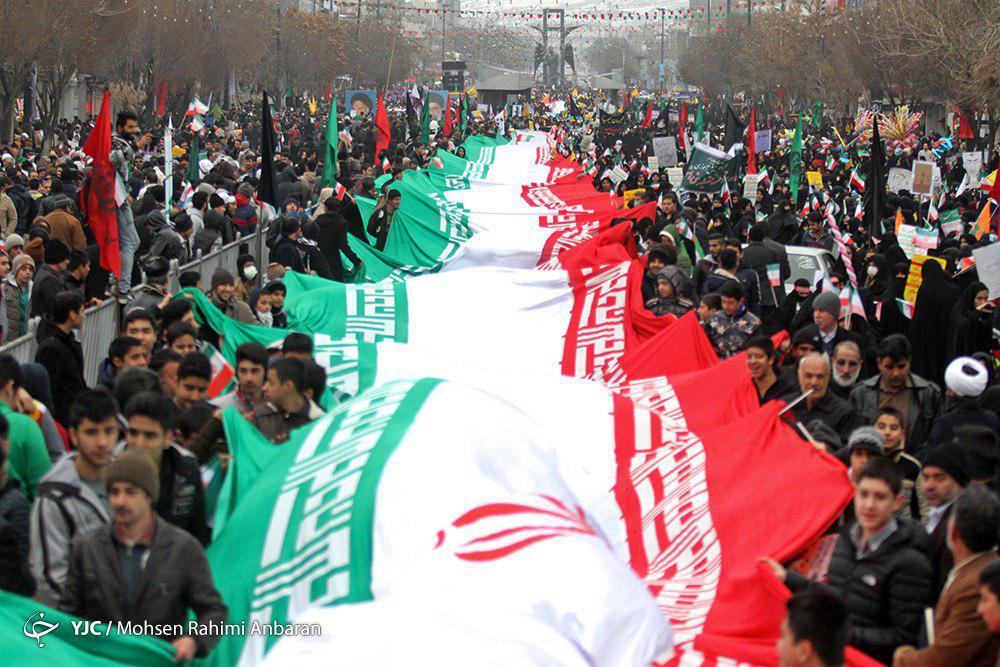 نمایش اقتدار ملی در خیابان آزادی + تصاویر