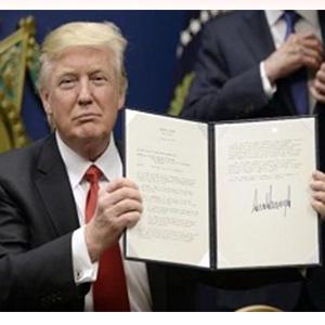 نام عراق از فهرست دستور جدید مهاجرتی ترامپ حذف میشود