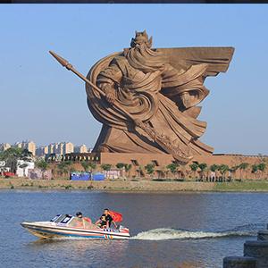 مجسمههایی جالب و تا حدودی نامتعارف در کشورهای مختلف جهان
