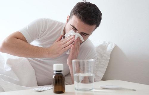 سرماخوردگی و آنفلوانزا علایمی مشابه دارند