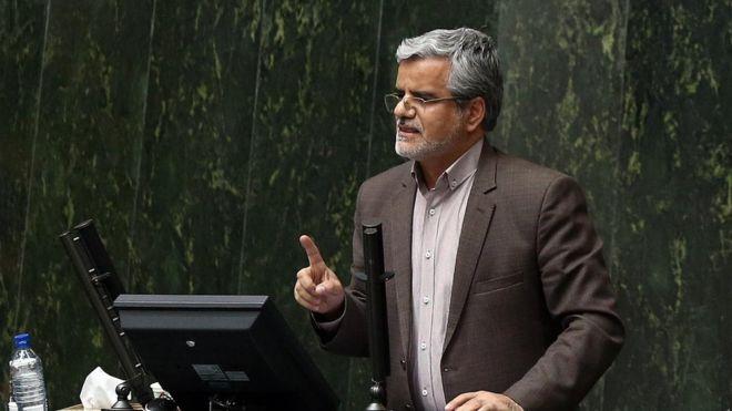 پایان تیتر: محمود صادقی به تلاش برای رای آوری طرح استفساریه بقای شهردار بازنشسته تهران واکنش نشان داد