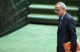 نمایندگان خواستار عزل مدیر حراست و رئیس گمرک شدند / طرح استیضاح دژپسند با ۴۰ امضا