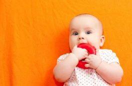 تسکین درد لثه نوزادان با این روش ها