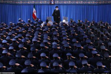 ما با ملت آمریکا کاری نداریم/ این مرگ بر آمریکا از دهان ملت ایران نخواهد افتاد