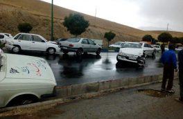 ۶ نفر در حادثه تصادف یک دستگاه اتوبوس با چند خودرو در آزادراه تهران- ساوه کشته شدند + عکس