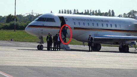 پایان تیتر: هواپیمای آنگلا مرکل
