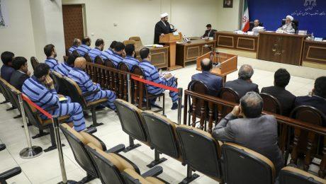 پایان تیتر: دادگاه متهم ارزی
