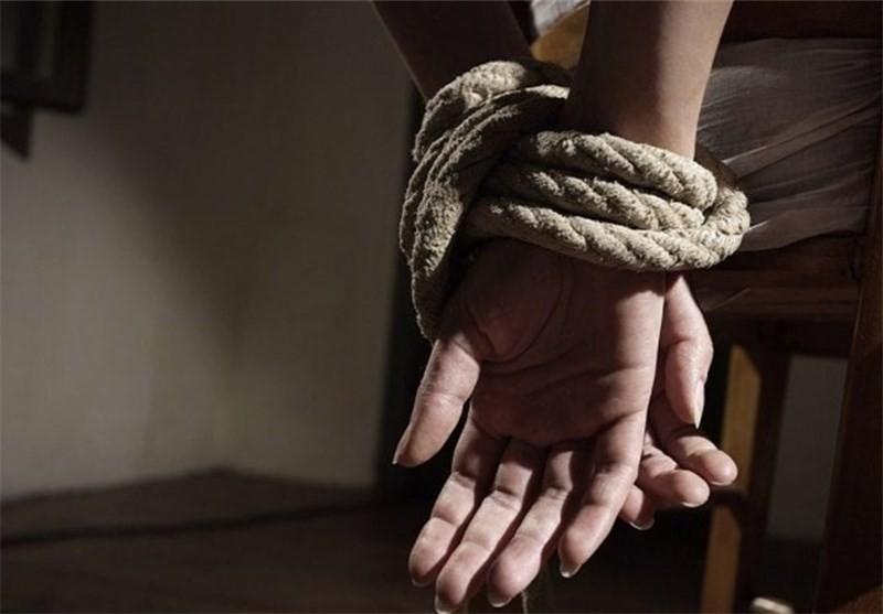 گروگانگیری مسلحانه در خانه زن گناوه ای